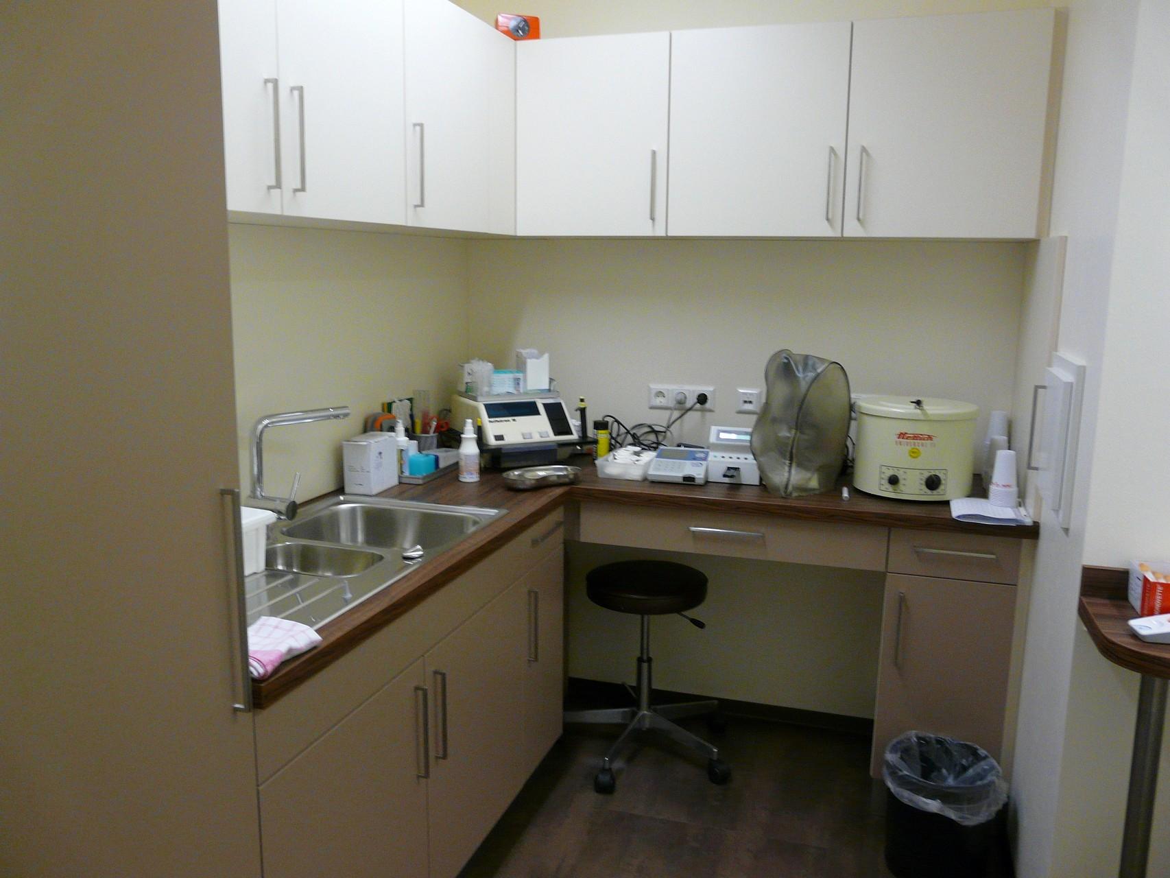 Im Labor finden die Blutabnahmen statt