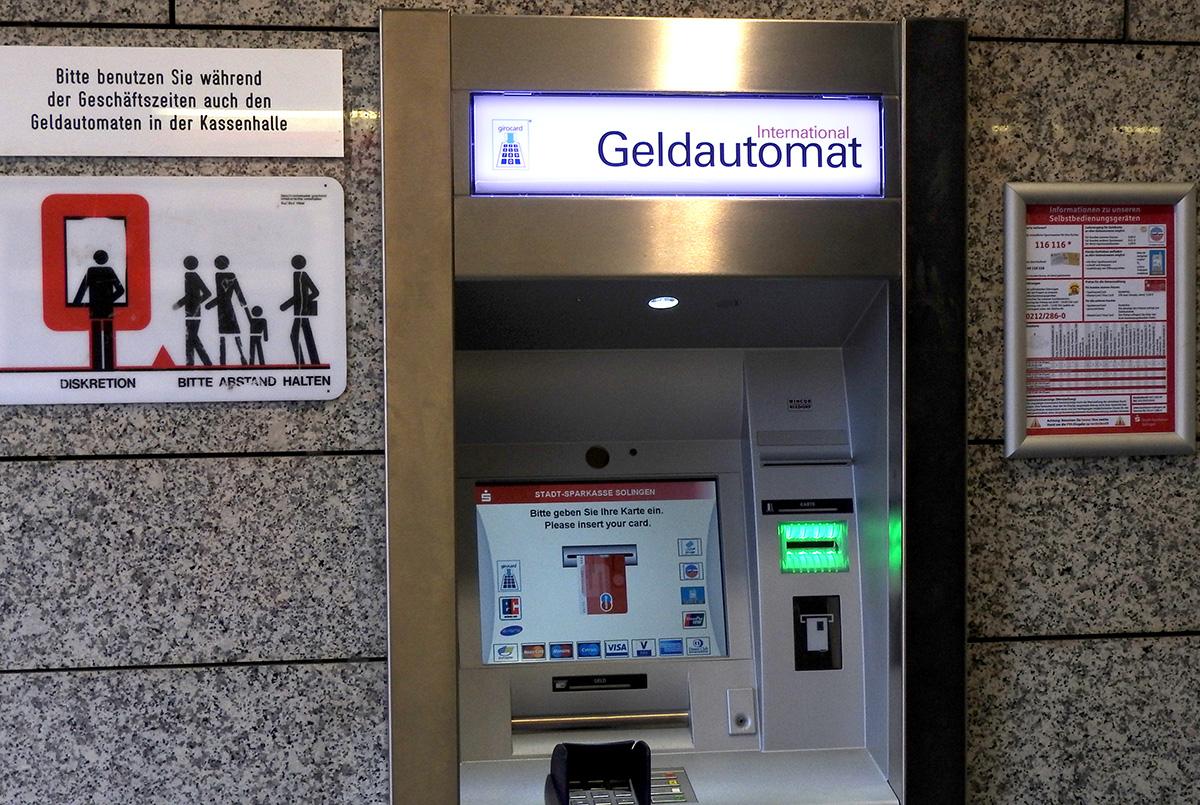 Geldautomat funktioniert, dann kann es ja losgehen