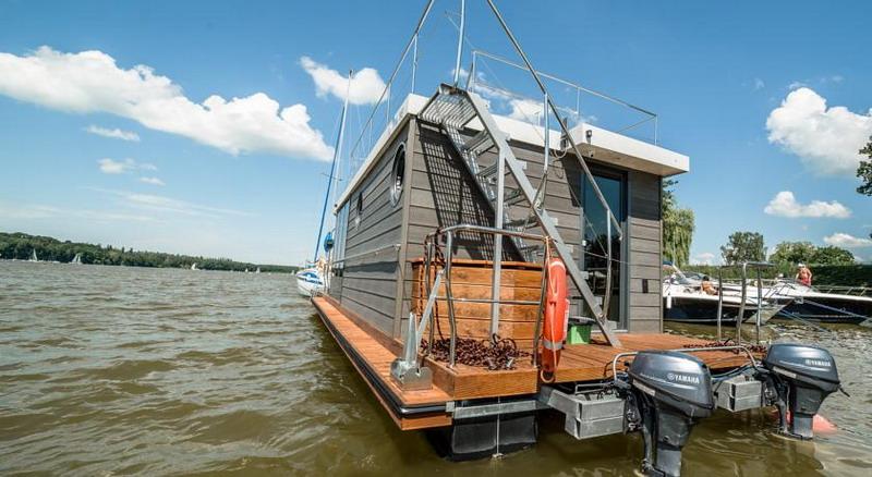 hausboot floss morgan hausbooturlaub ohne f hrerschein. Black Bedroom Furniture Sets. Home Design Ideas
