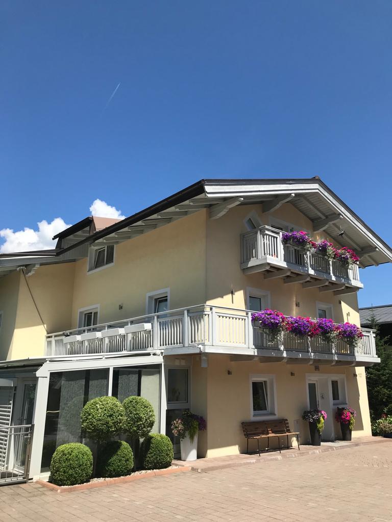 Appartements Lingner in Kaprun in summer
