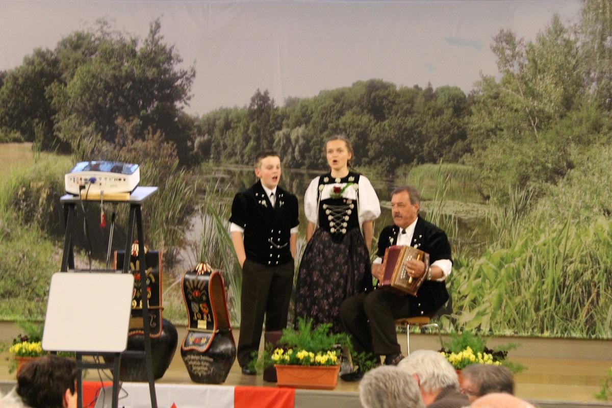 Duett vom Eichenhof, Joelyn, Marco und Ueli