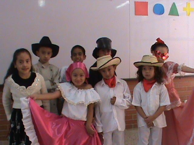 nuestros bailarines