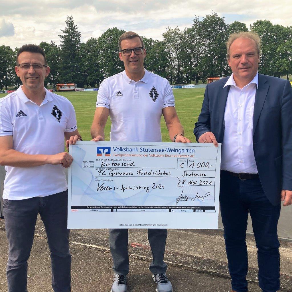 Spendenübergabe der Volksbank Stutensee-Weingarten eG
