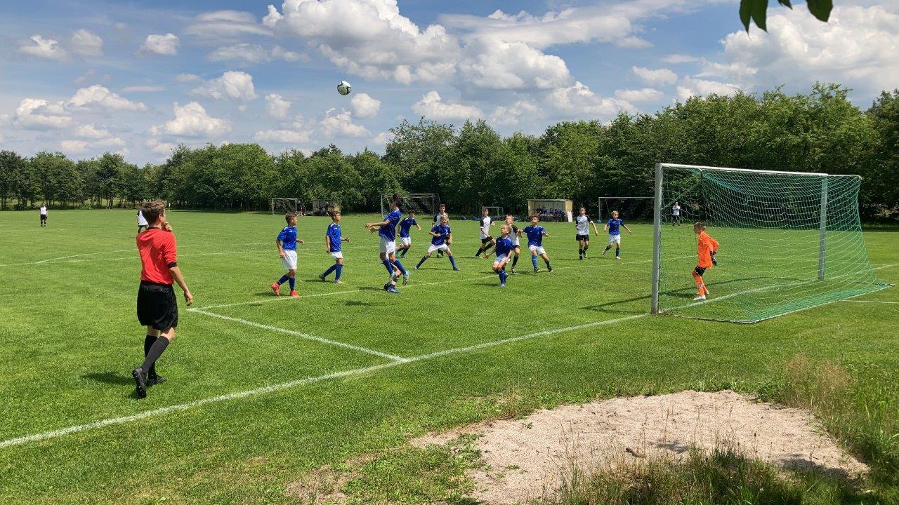 3:2 Sieg der U15 gegen den SV Waldhof Mannheim
