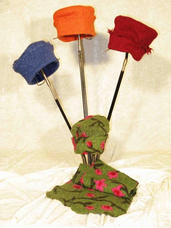 Kinderkappen und Schal