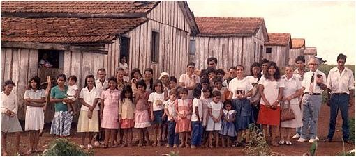 Eines der unzähligen Elendsviertel. Die Not ist groß. Wer kann und will helfen?  Kontakt über die Freie Christen-Aktionsgemeinde, Mitglied beim Internationalen Missionswerk PALINS