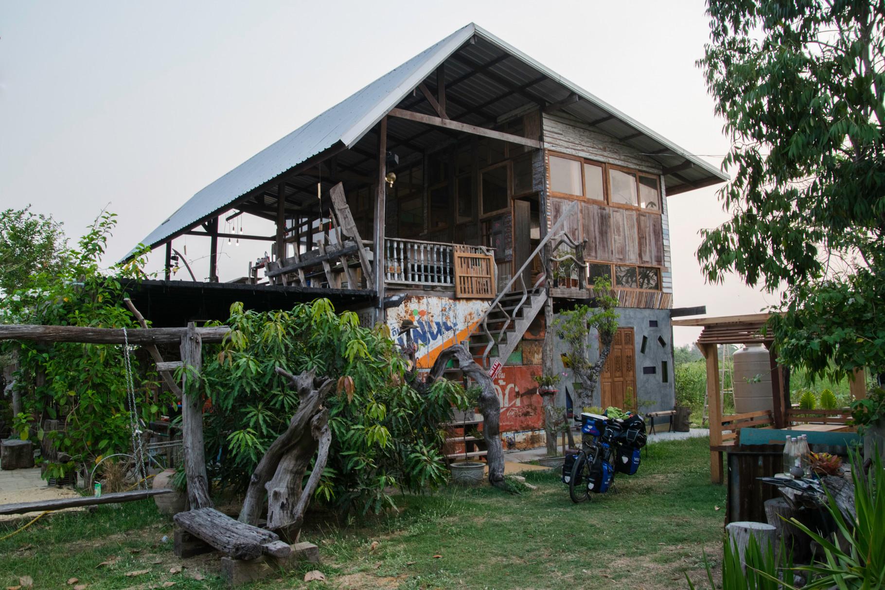 Einladung in ein noch leerstehendes Gasthaus