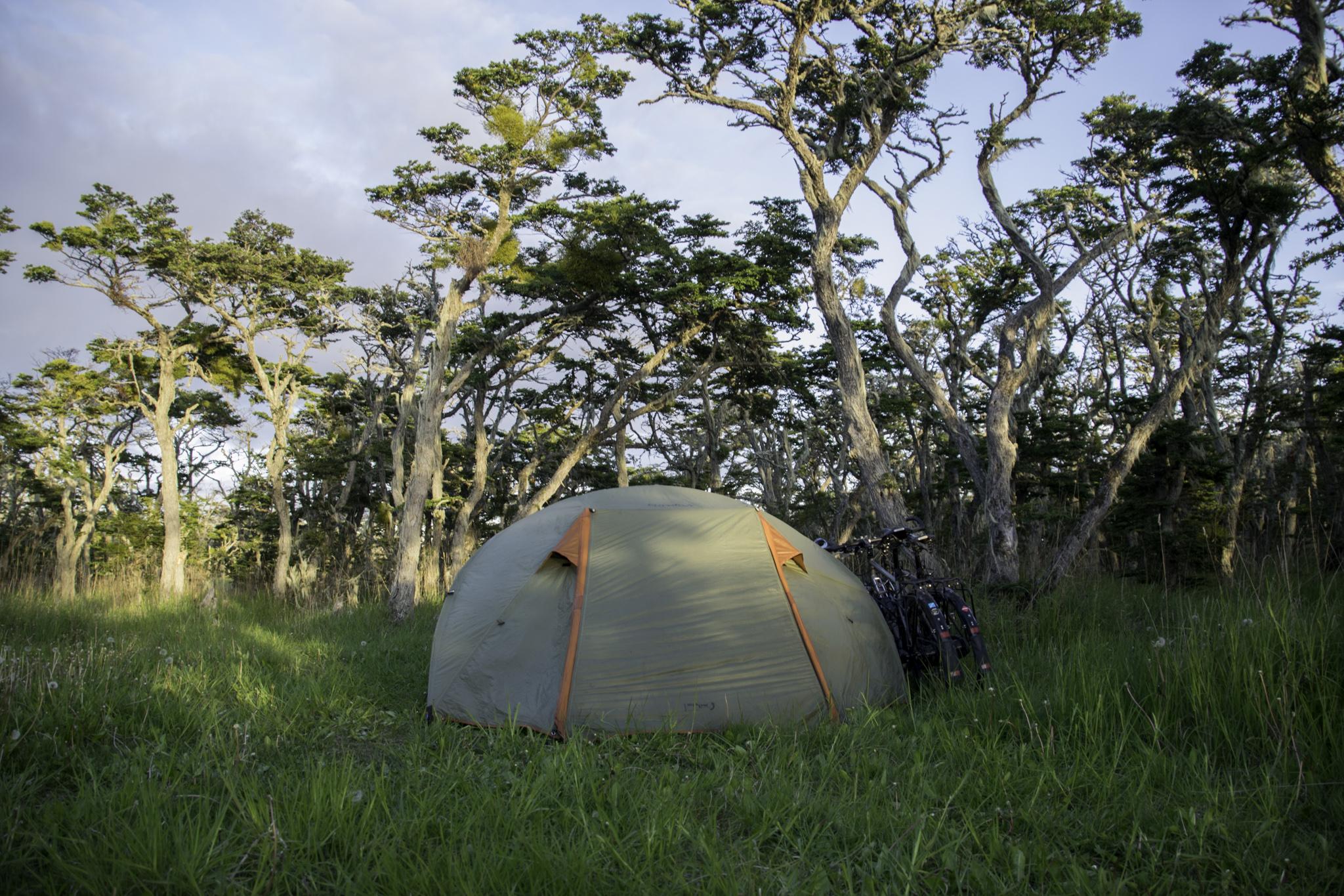 Zelten im Windschatten