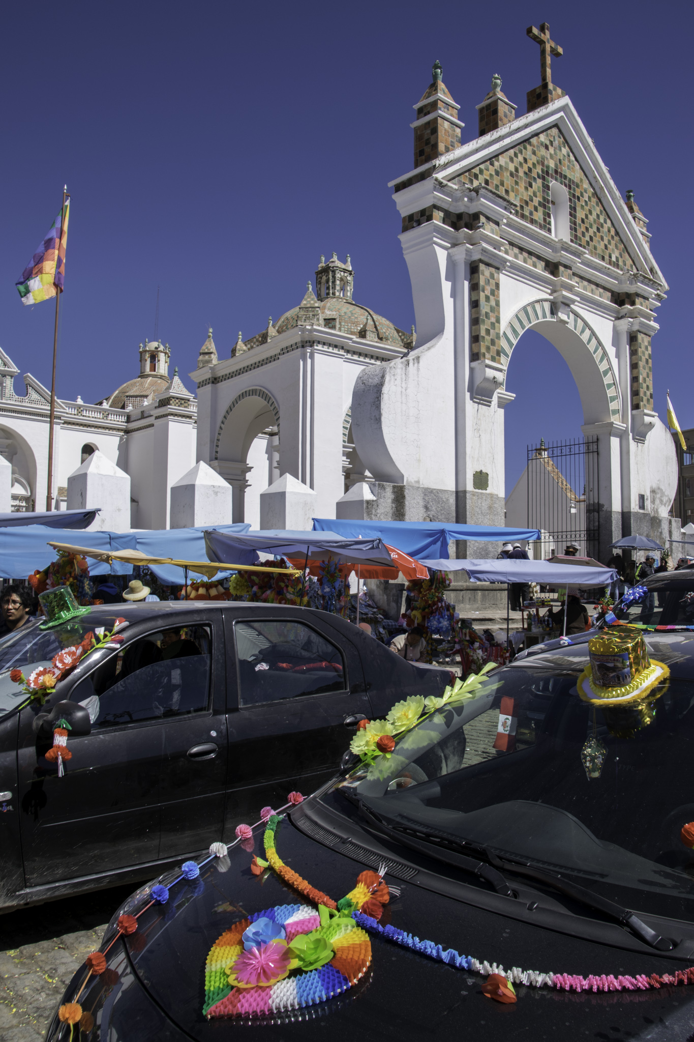 Pilgerfahrer aus Peru in Copacabana, Bolivien
