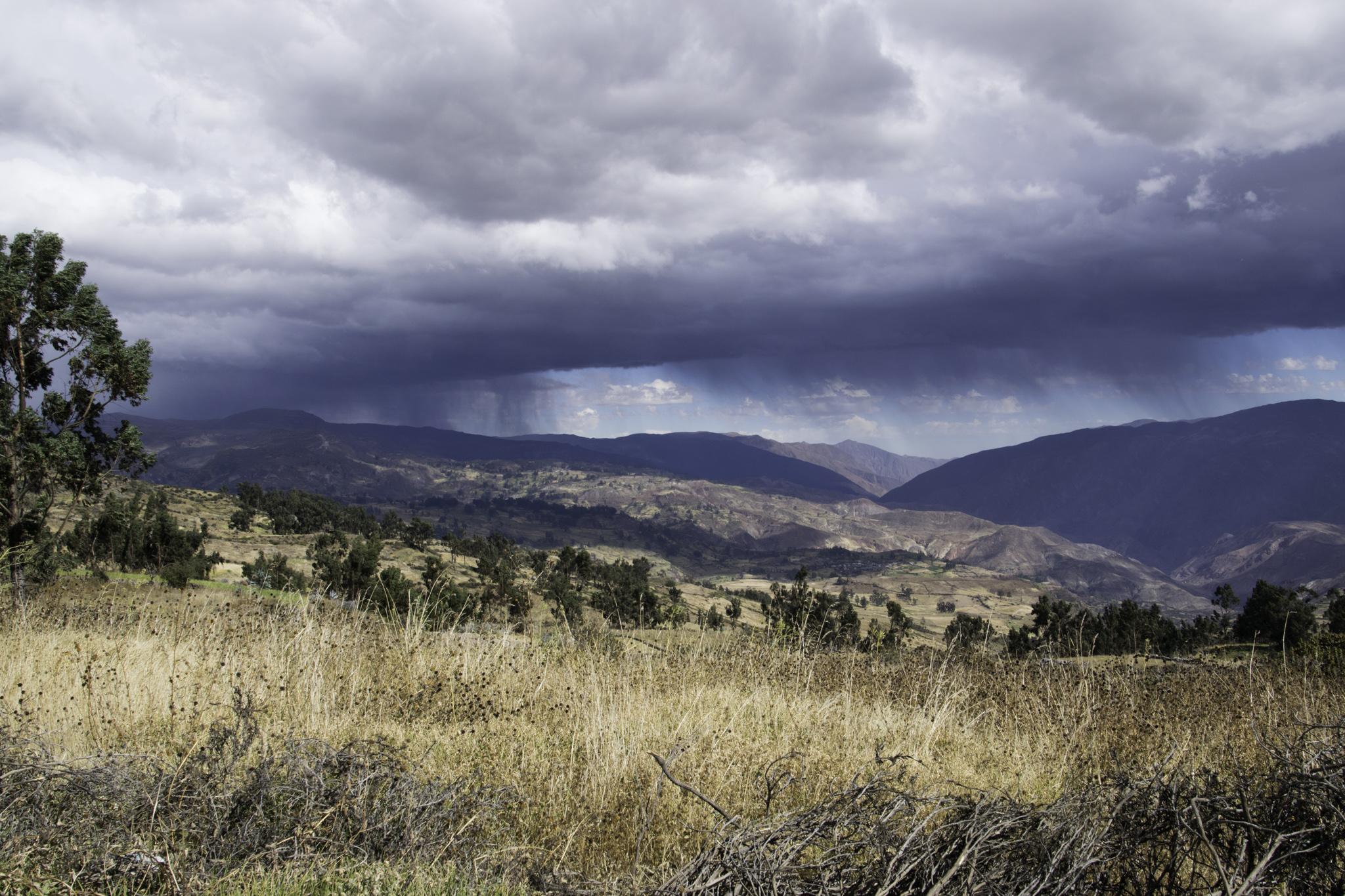 Wetterspektakel - später hat es uns dann auch noch erwischt: Wind, Regen und gar Hagel