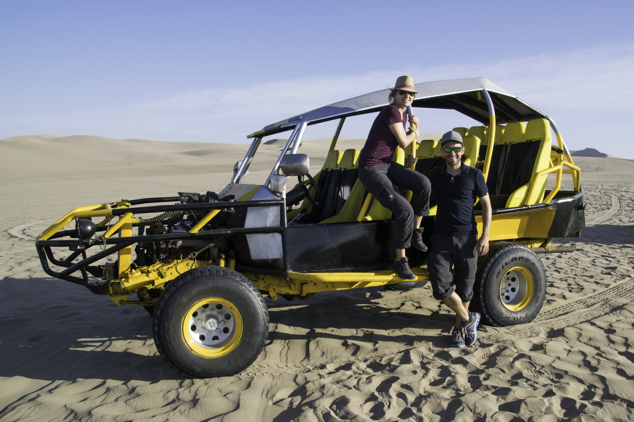 "Strand-Buggy-Fahrt in den Dünen um die Oase ""Huacachina"""