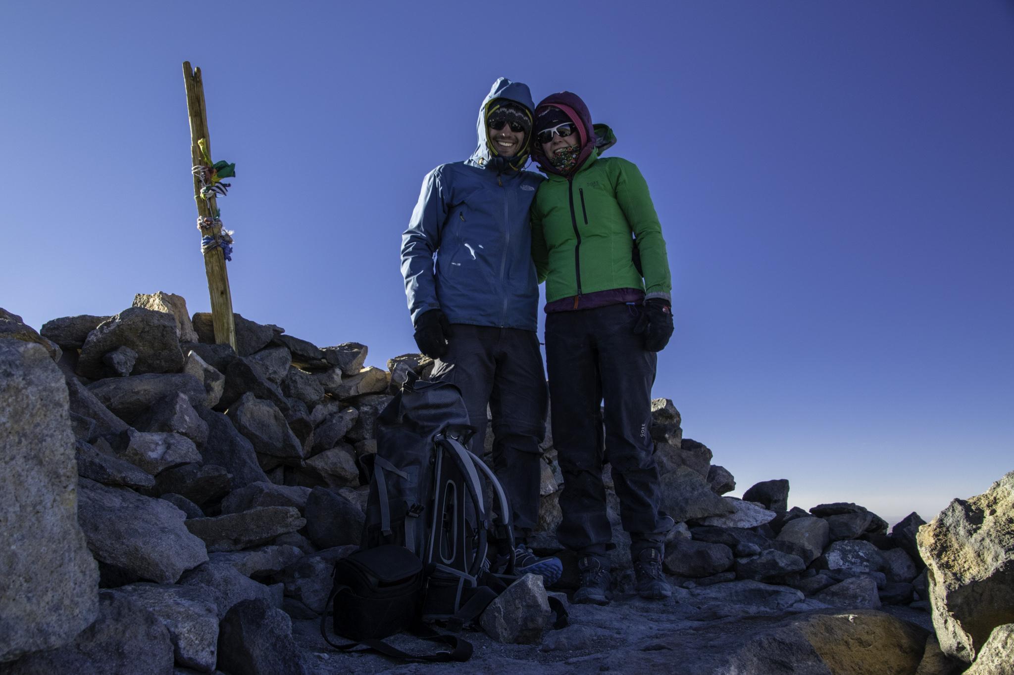Gipfelfoto auf 6008 m.ü.M.