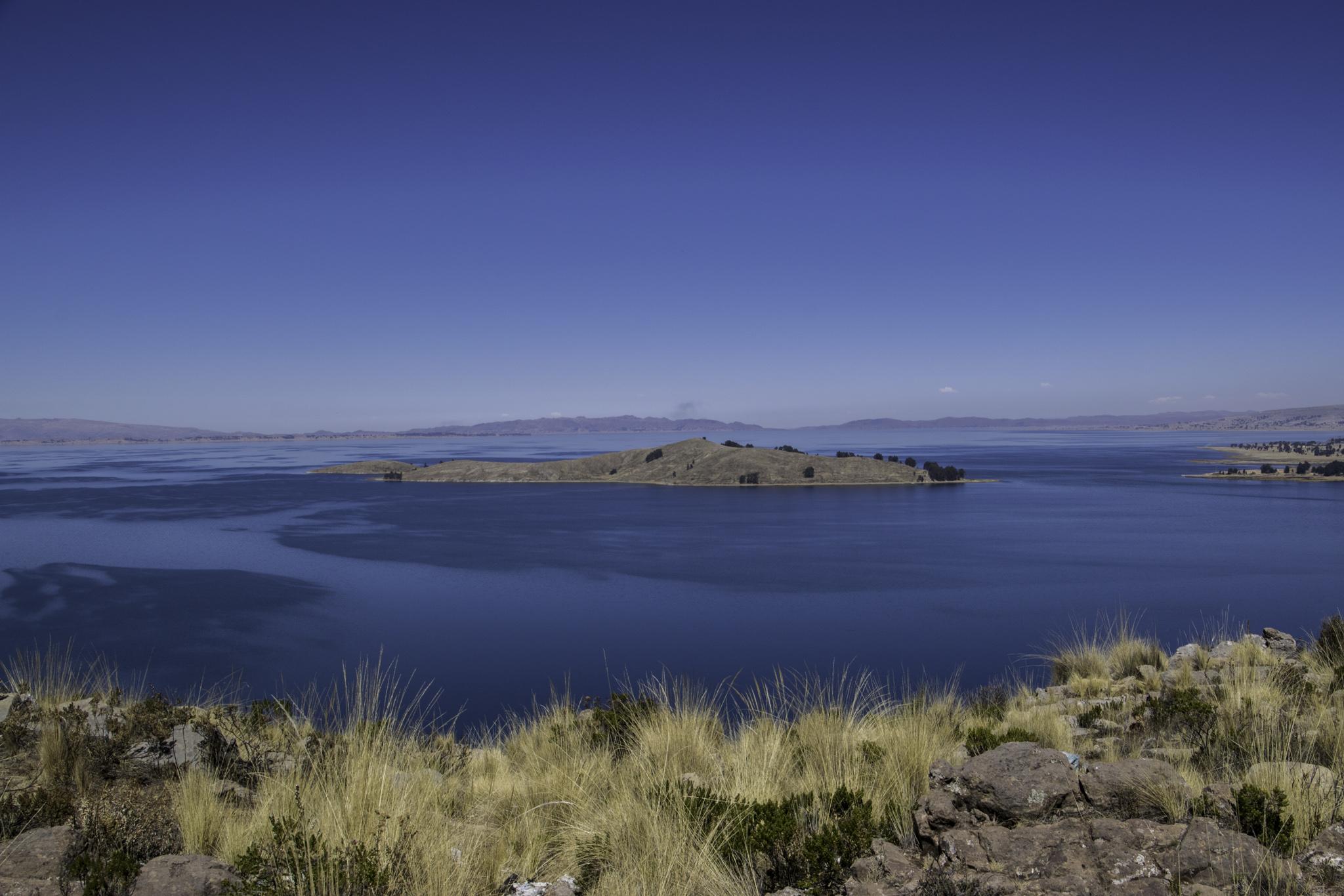 Die Laguna Wiñaymarca direkt neben dem Lago Titicaca