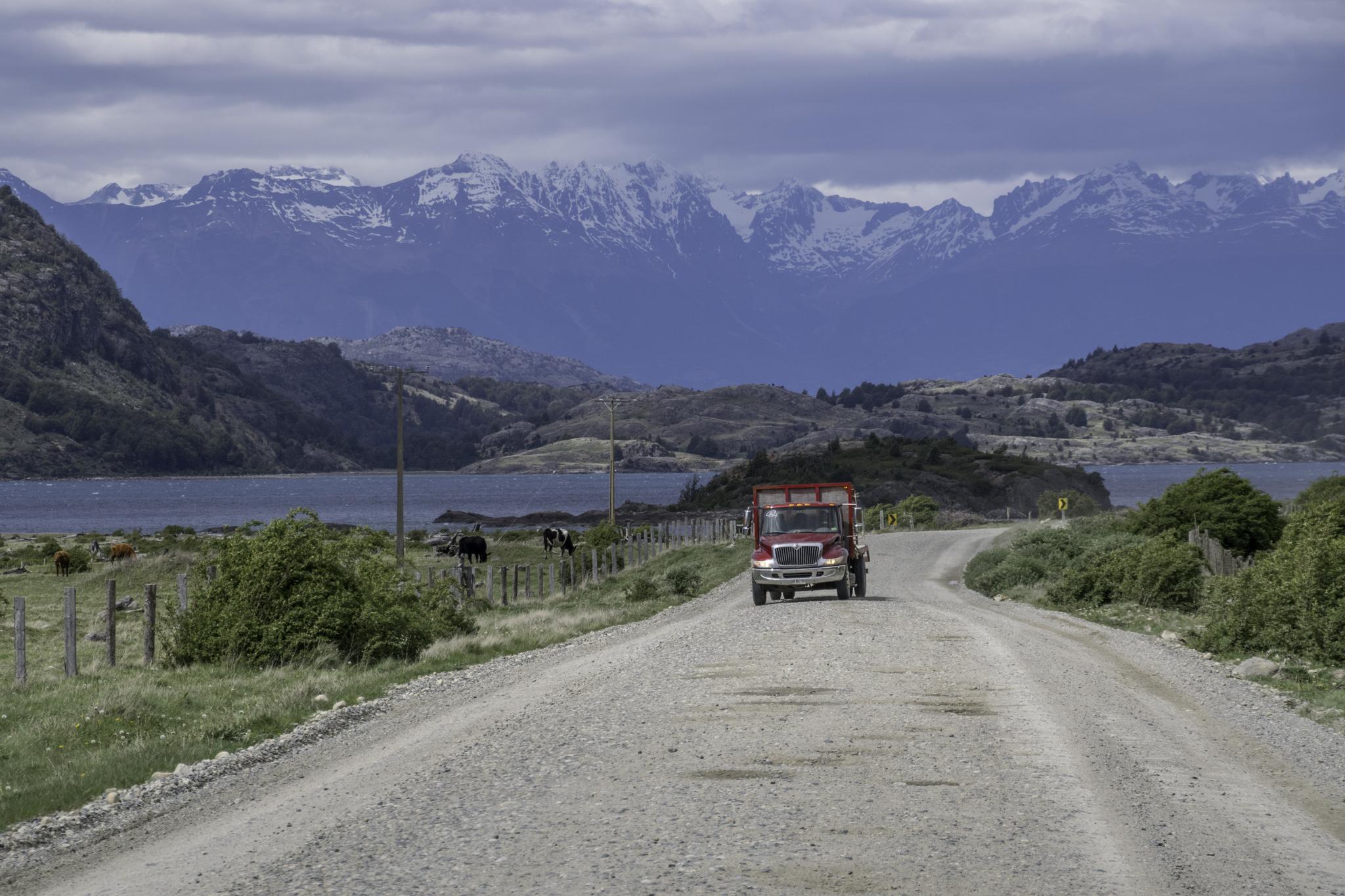 Spektakuläre Strasse durch die Wildnis Patagoniens