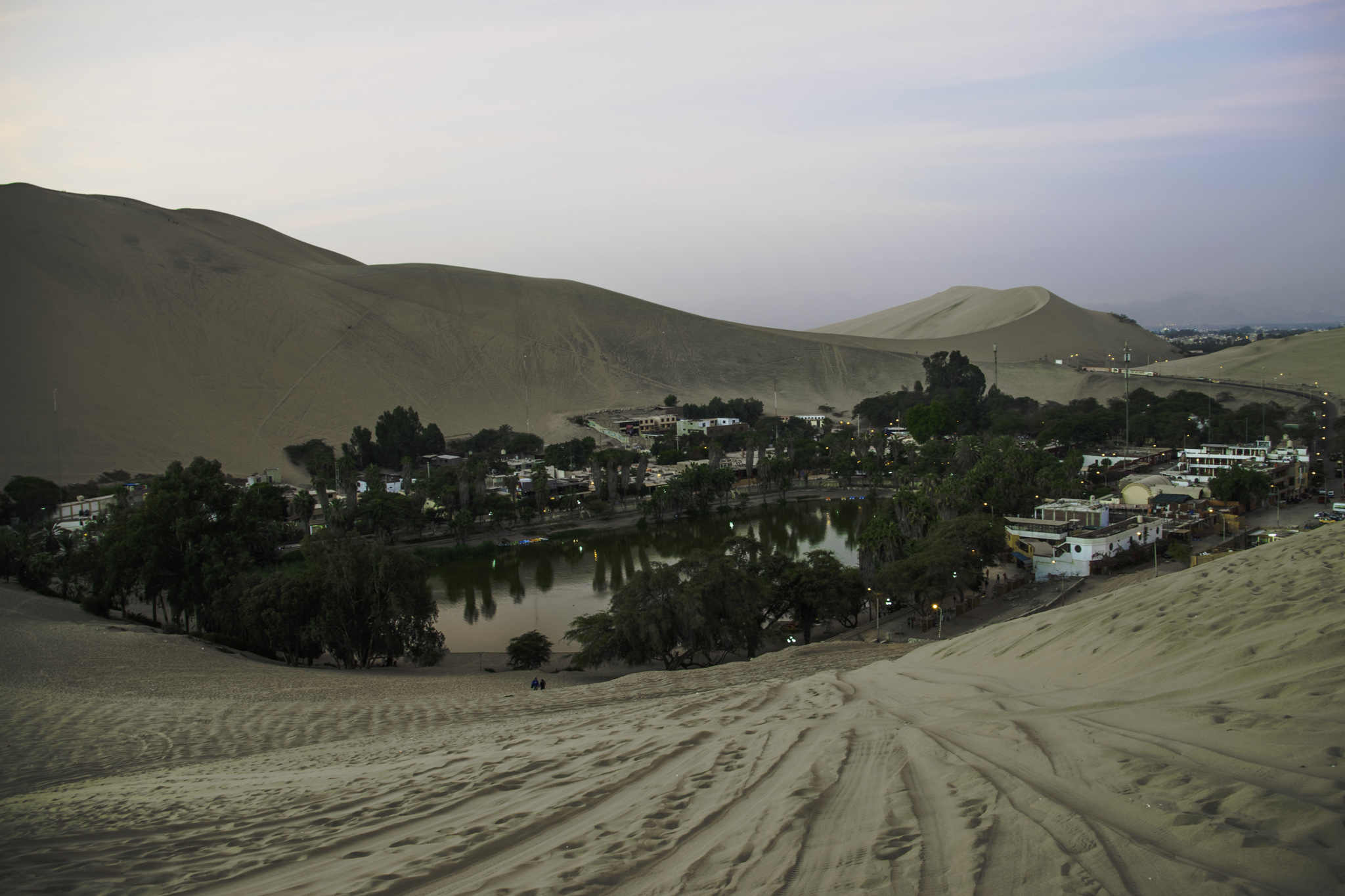 "Blick auf die Oase ""Huacachina"""