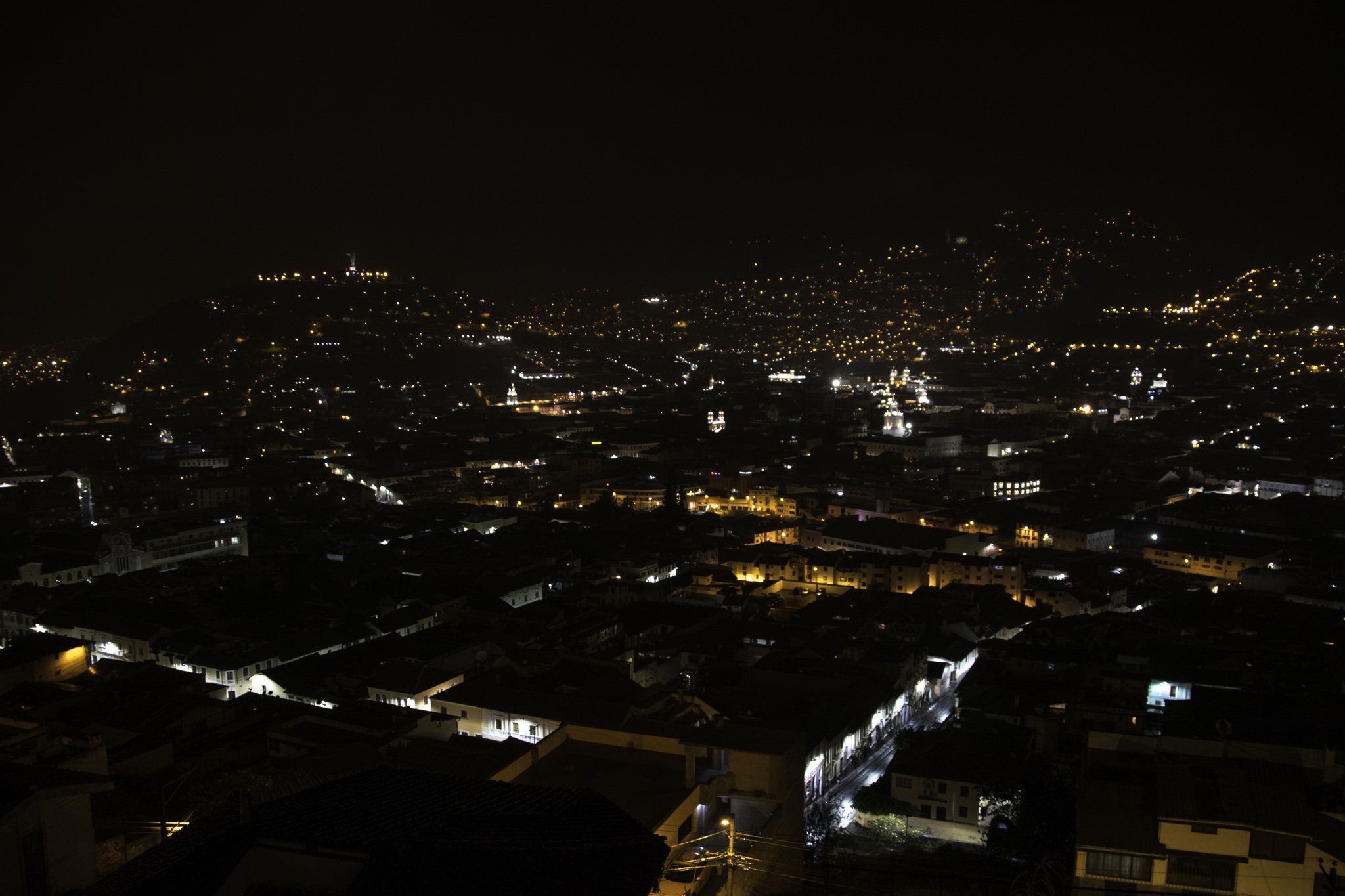 Blick über das verregnete Quito
