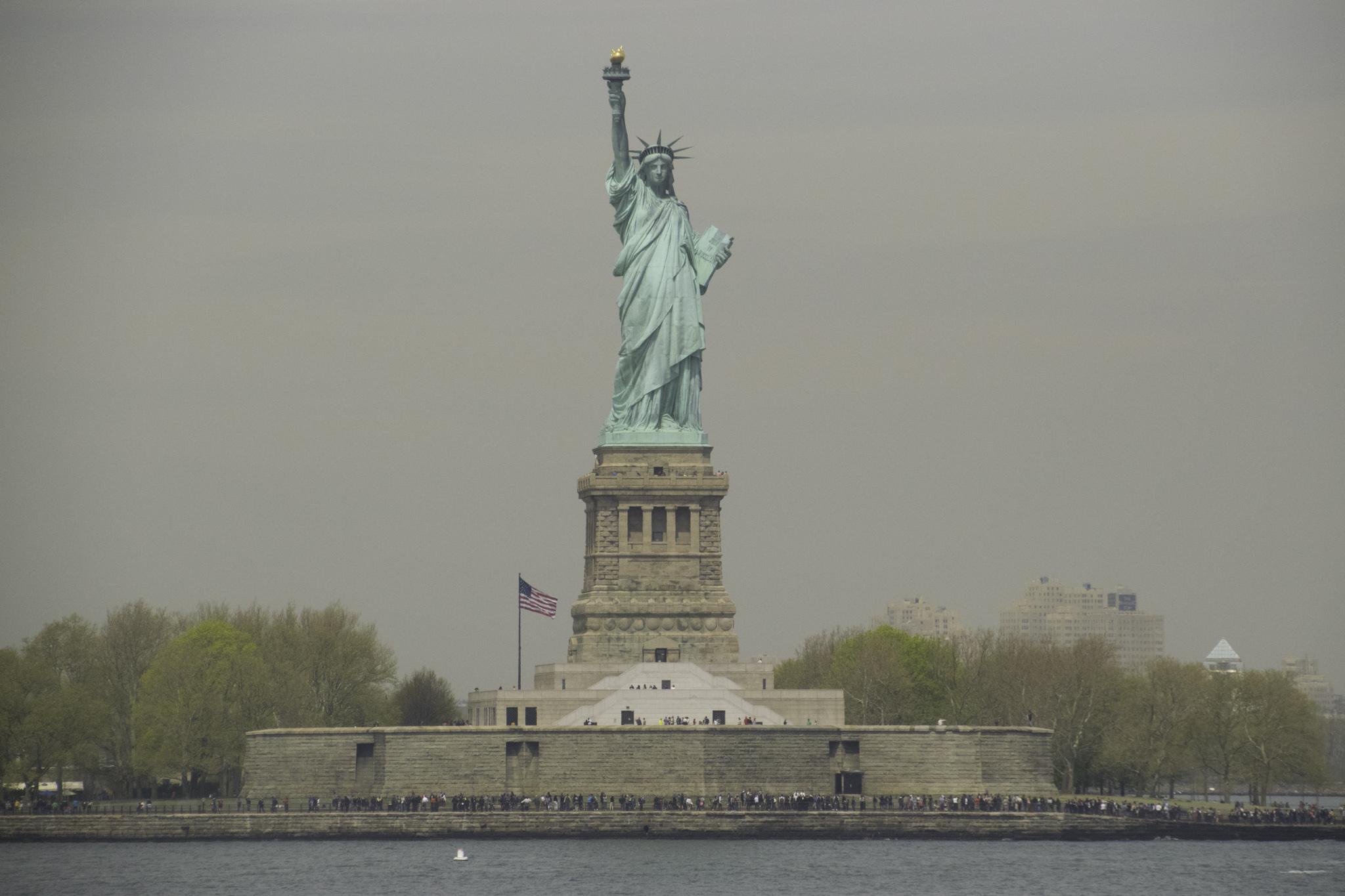 Lady Liberty - scheint auf den Fotos stets grösser als in Wirklichkeit