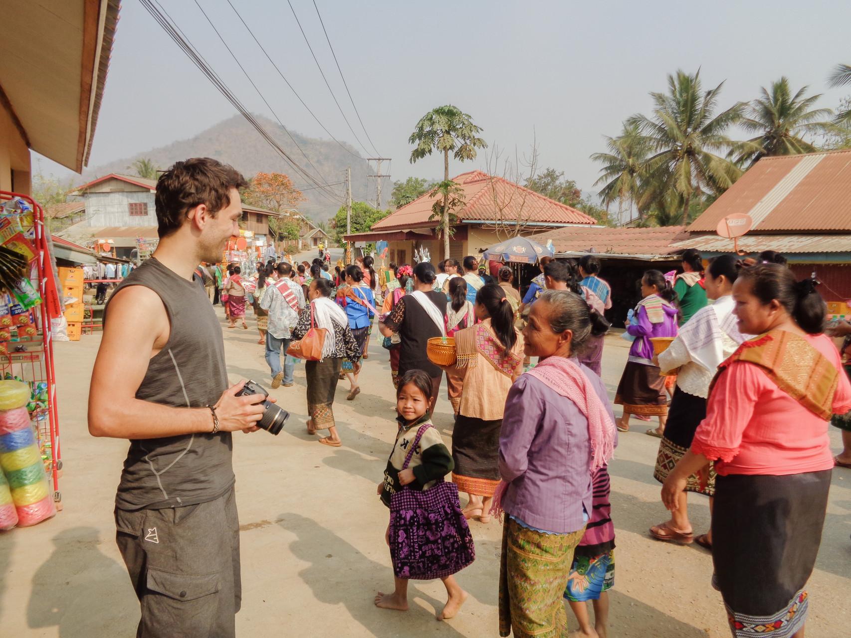 Laotische Prozession