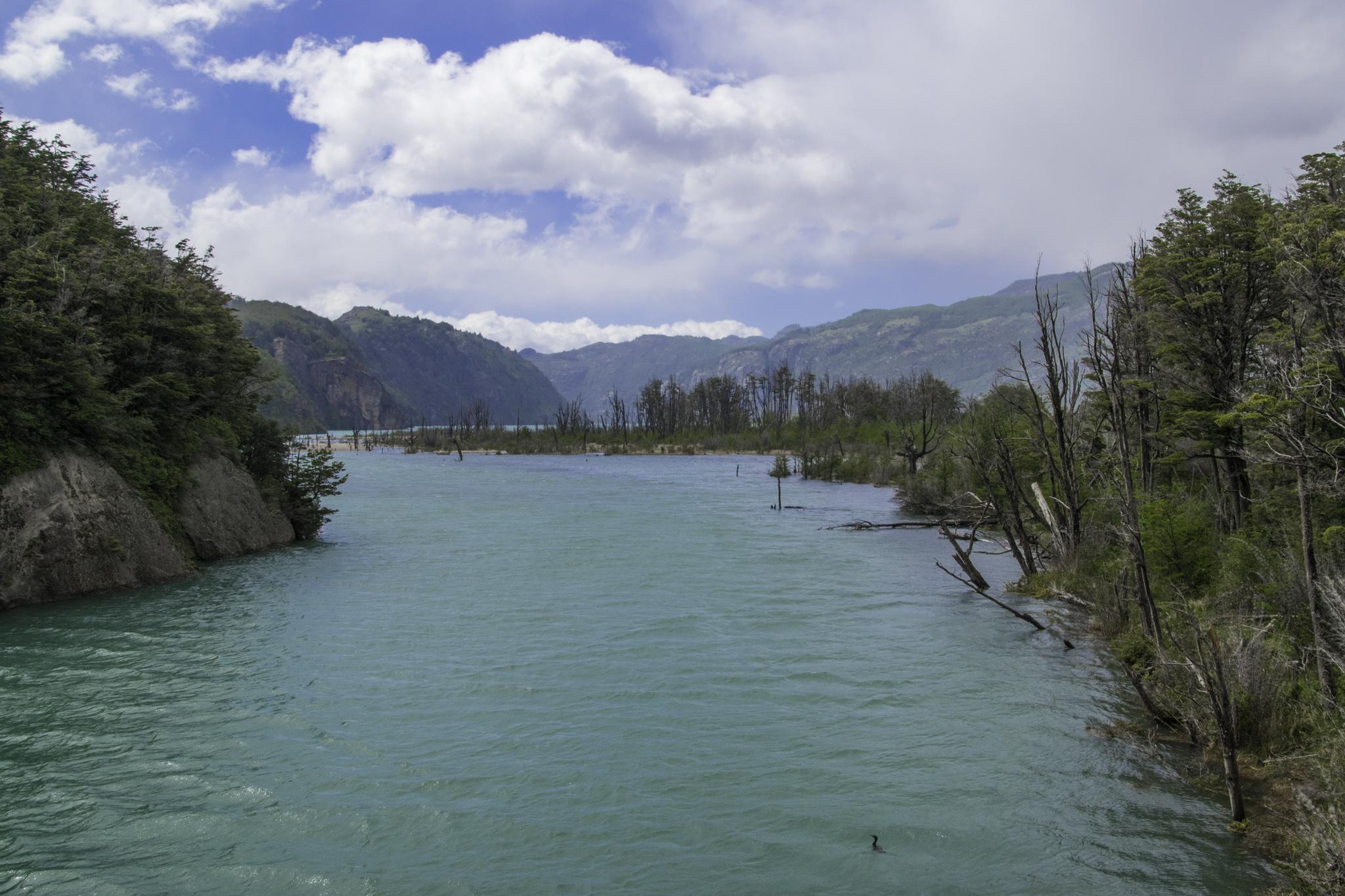 Fluss direkt vom Gletscher