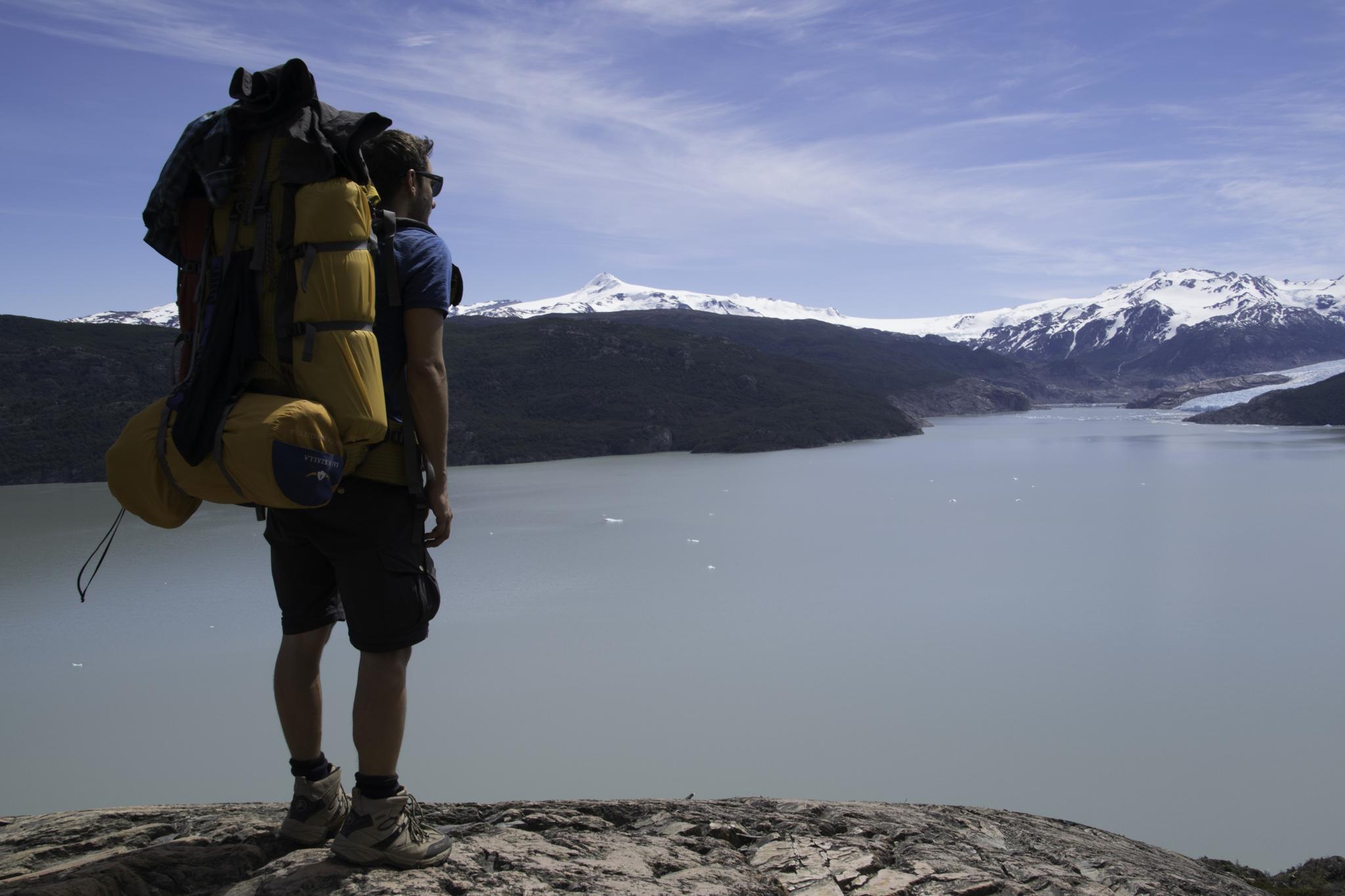 Für die Wanderung mussten wir Rucksack und Schuhe mieten