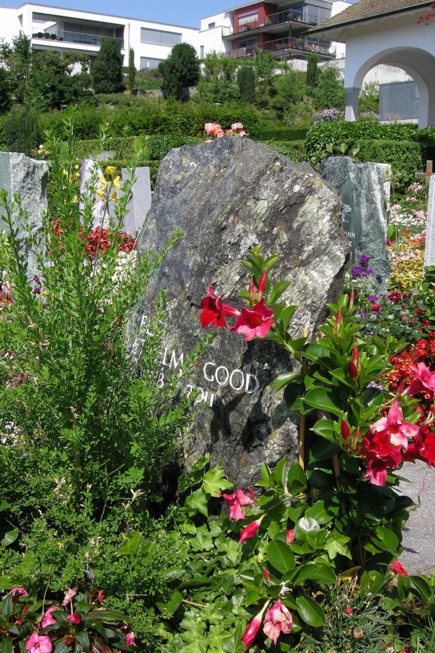 Archaisches Felsengrab in Meilen