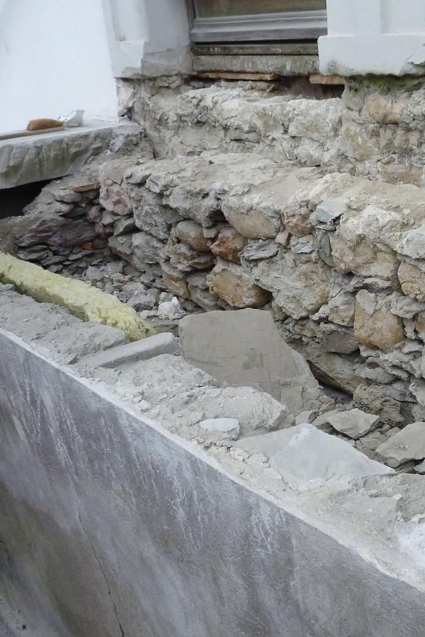 Renovation einer Stützmauer