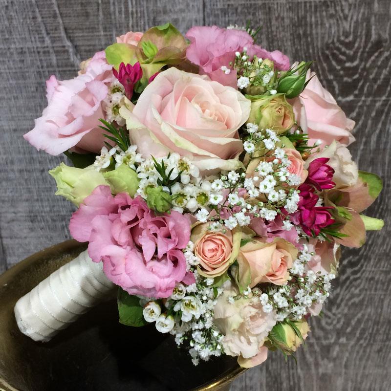 Brautstrauß rund 6