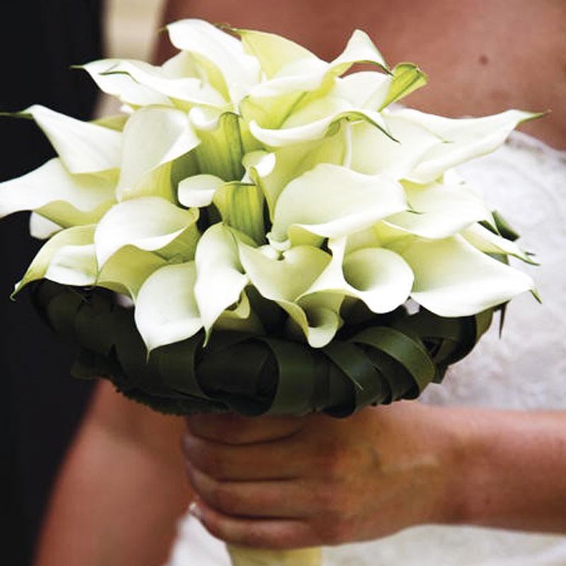 Brautstrauß rund 29