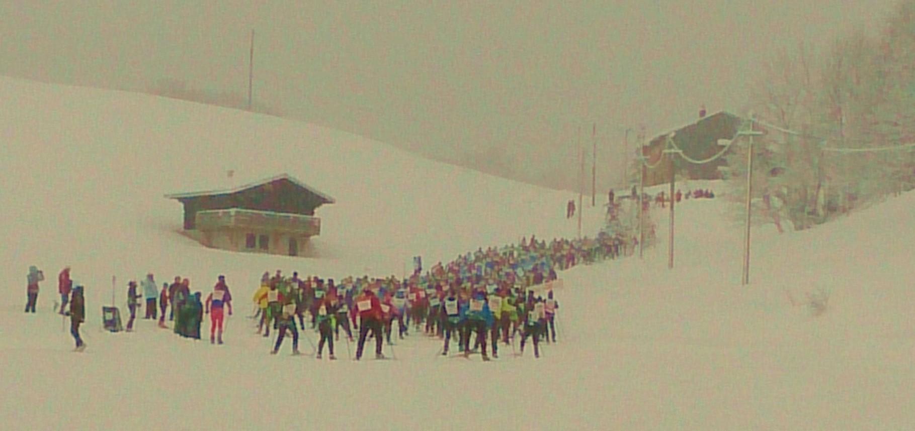 marathon des neiges - départ donné et première bosse