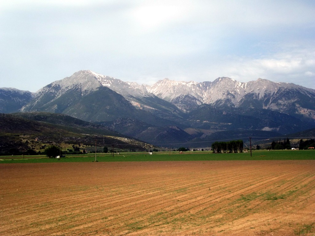 en face du Mont PARNASSE