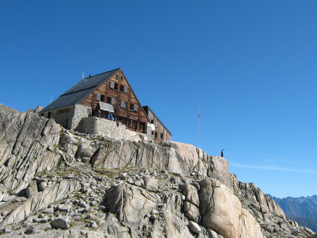 Fin d'été : la cabane d'Orny