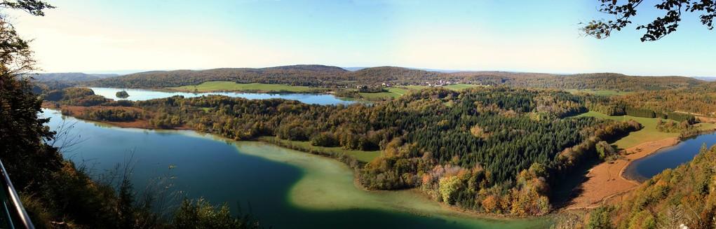 JURA - le FRASNOIS - les 4 lacs