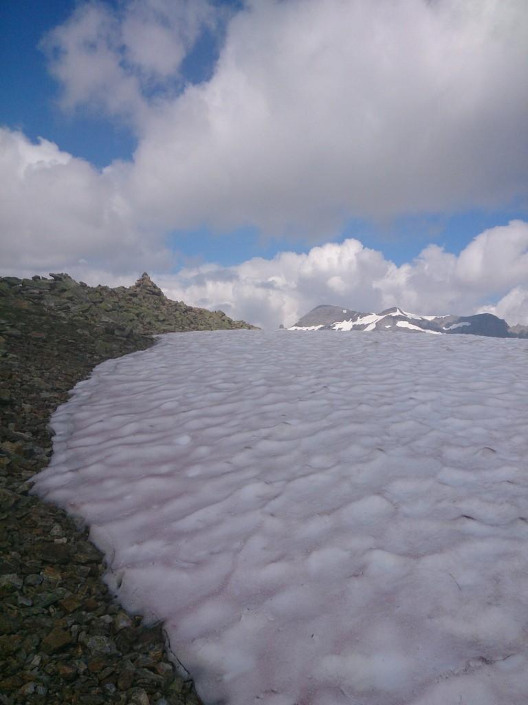 le BelOiseau avecla neige (jamais vu fin Juillet)