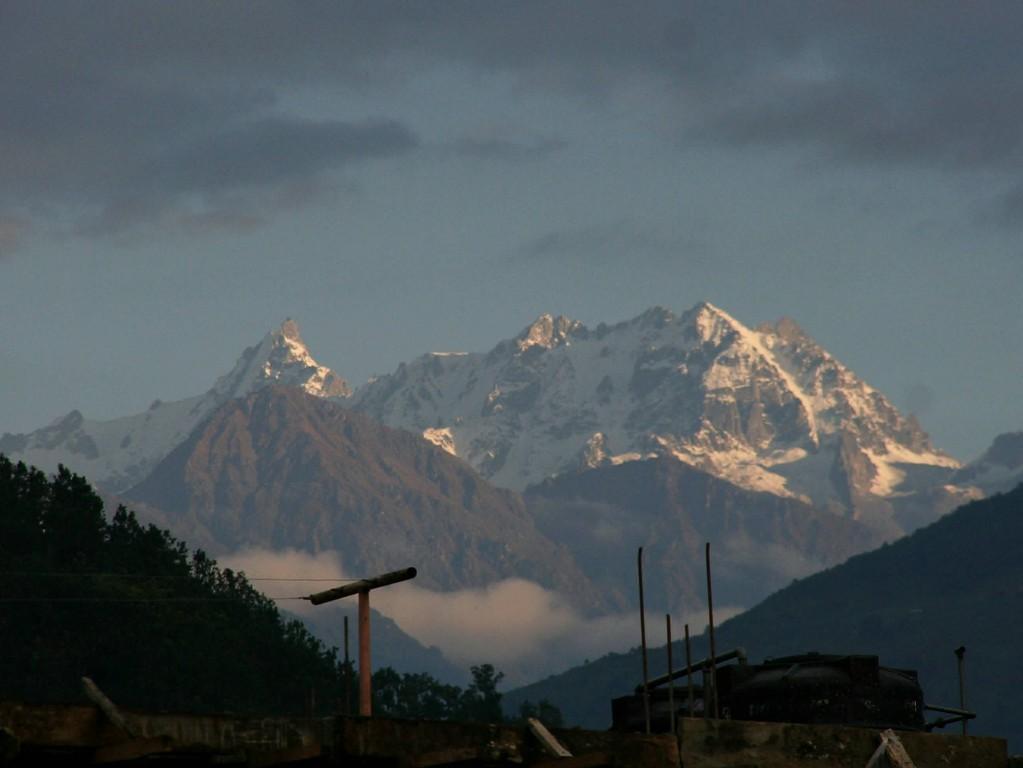 nos premières montagnes au petit jour