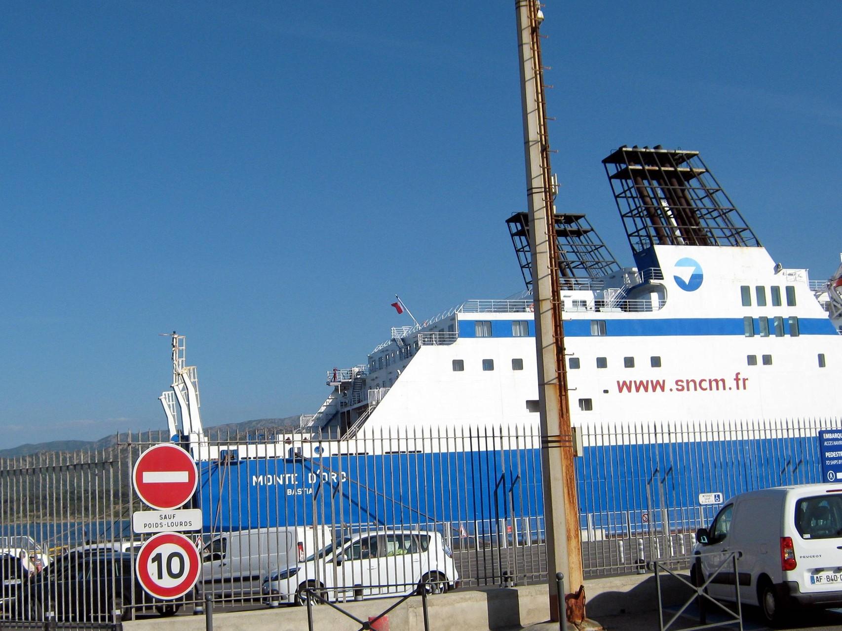 dernier ferry