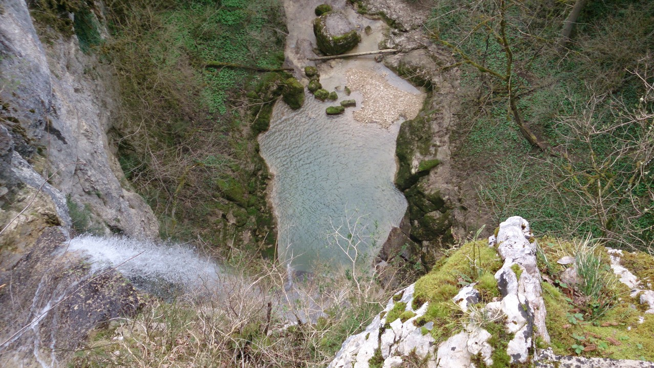la cascade de la quinquenouille (Dramelay)