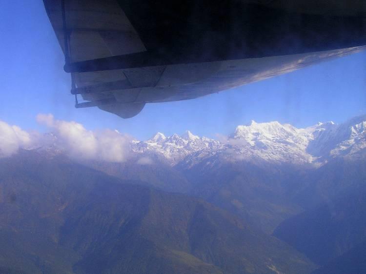 survol - vue sur le Langtang