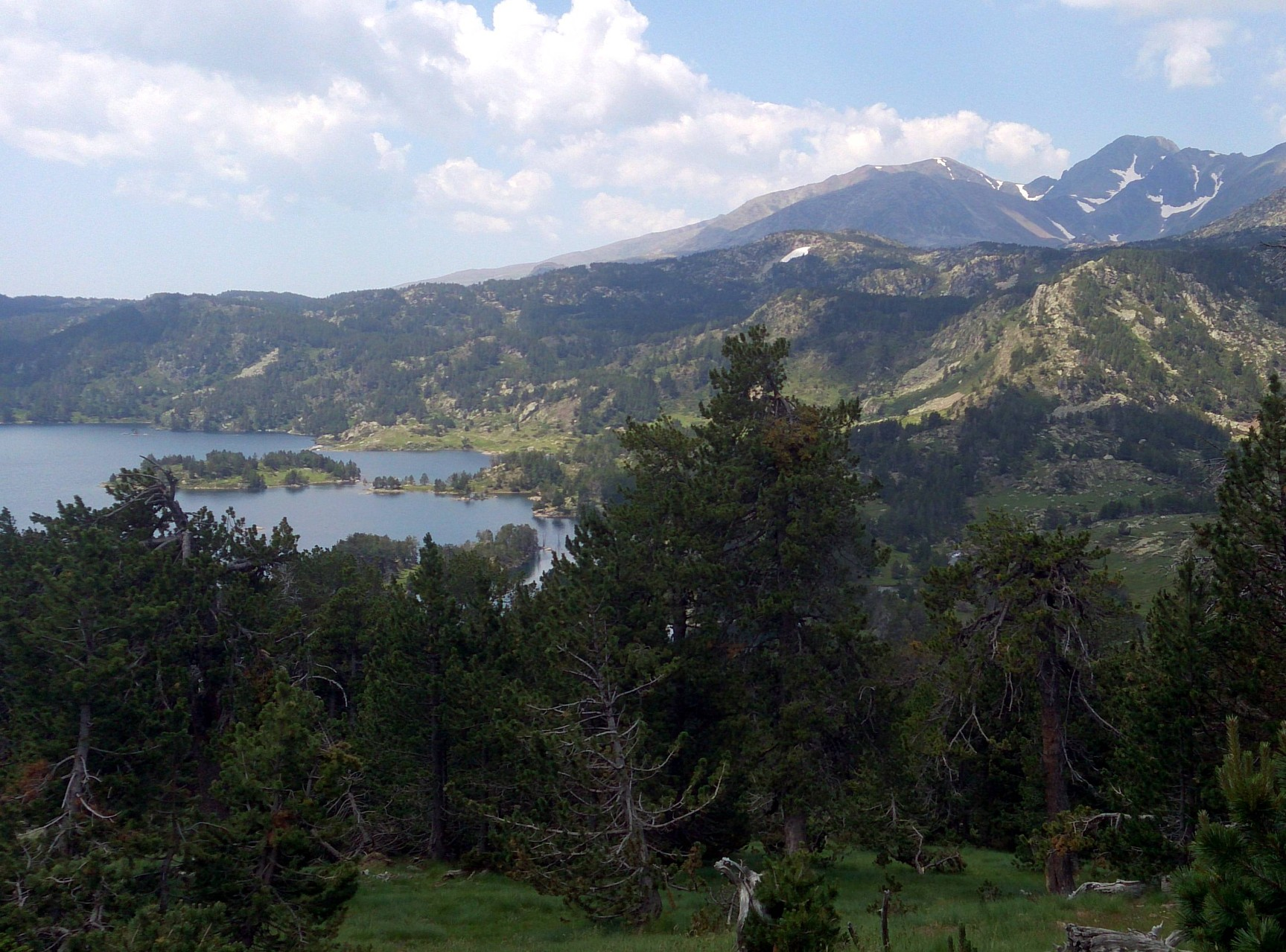 vue sur le lac des Bouillouses