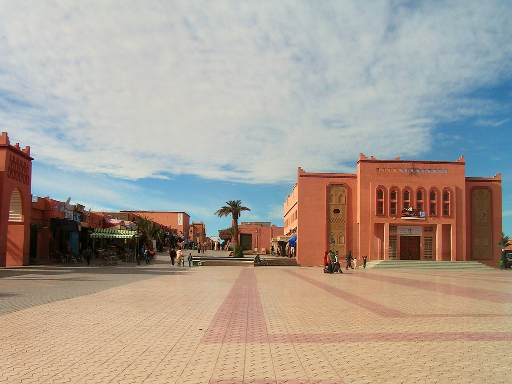 OUARZAZATE, la grand'place