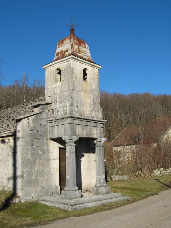 la chapelle de la Fruitière (hameau de Ménétrux en Joux)