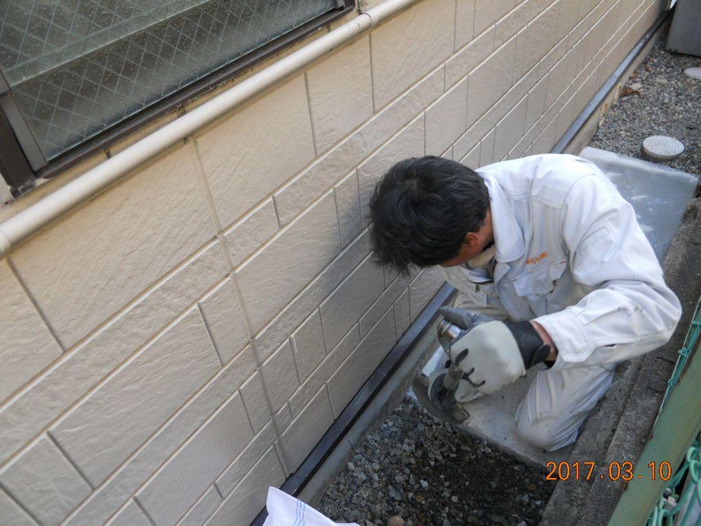 エコキュート貯湯ユニットベース作業中