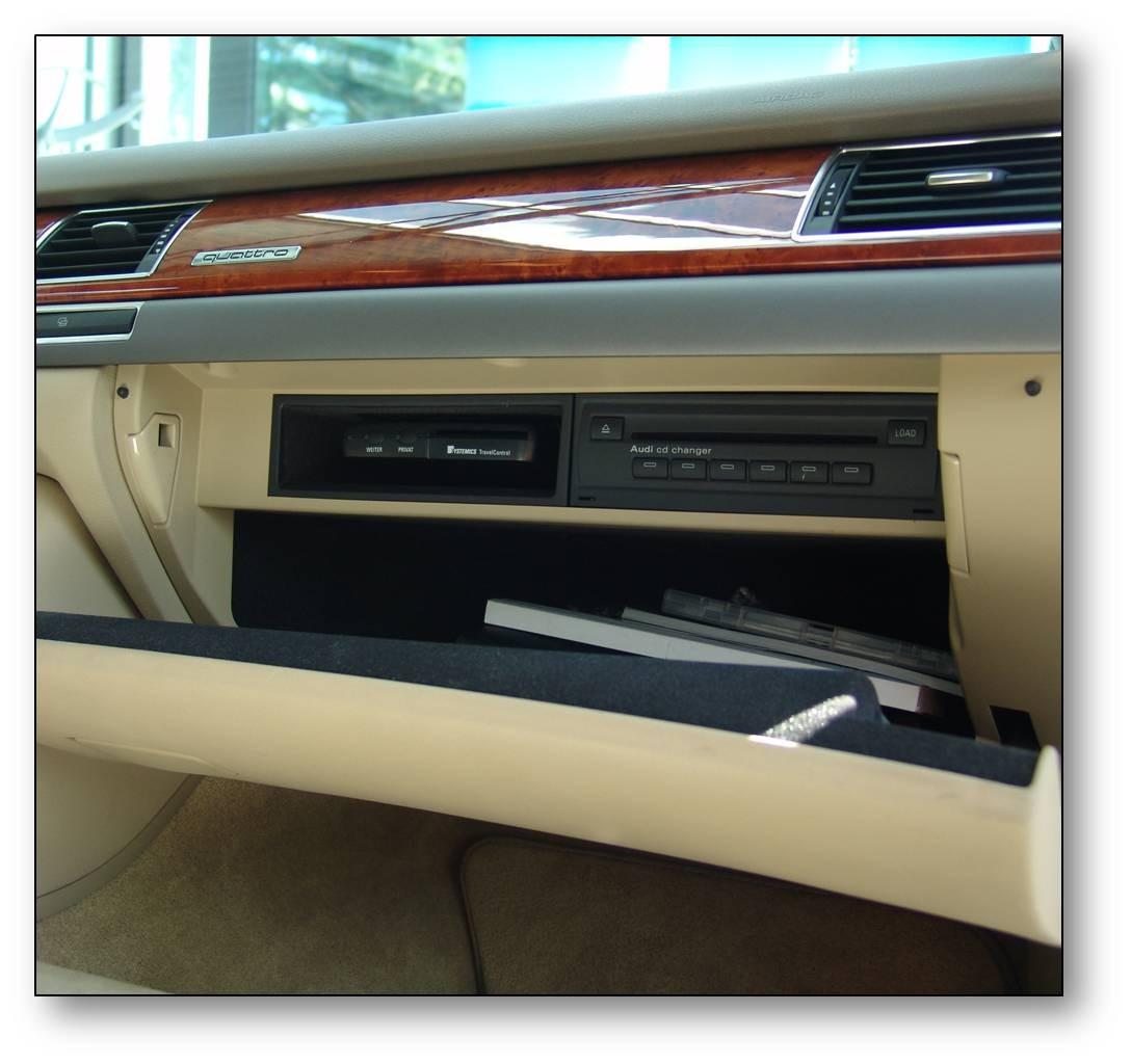 Einbau-elektronisches Fahrtenbuch Audi A8