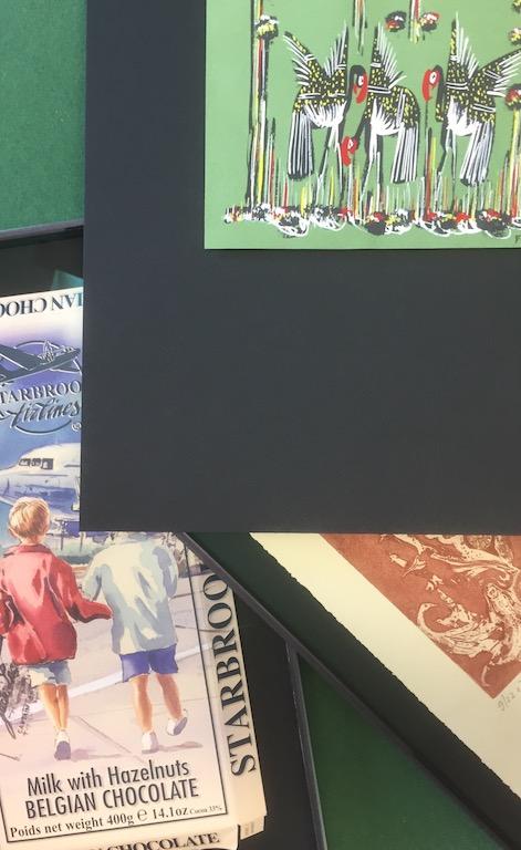 Schwebende Montage von Bildern mit Zin Shofu und Japanpapier. Reversible Fixierungstechnik