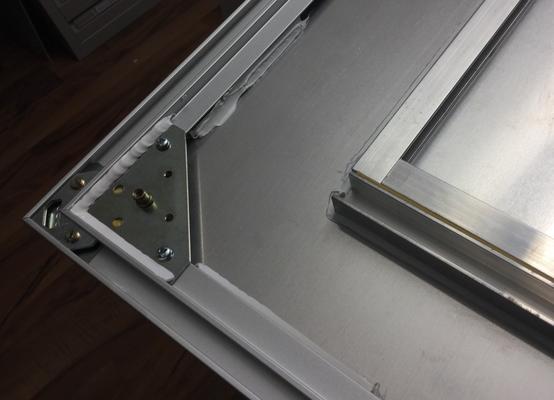 Nielsenrahmen mit Bildaufhänger Metall ergänzt
