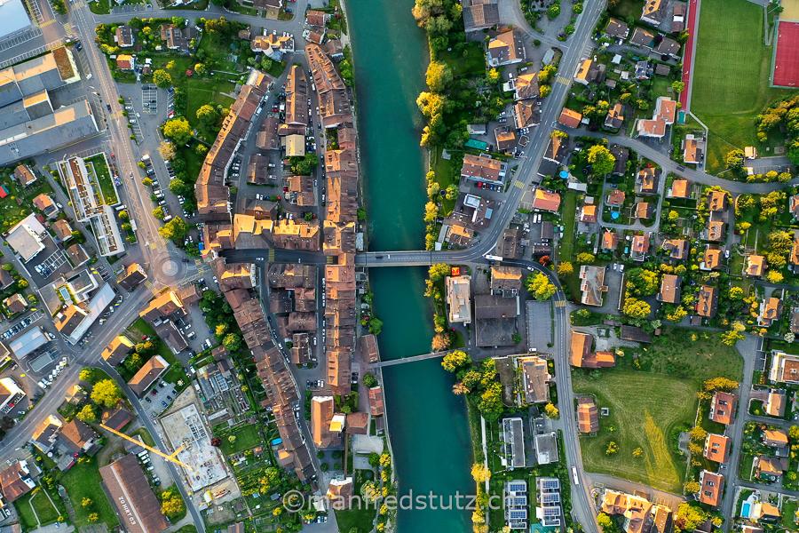 Die Altstadt Mellingen im Kanton Aargau ( Stadt an der Reuss)
