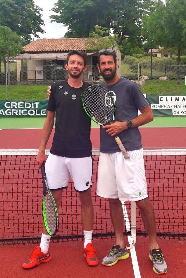 Finale sénior H, de G à droite, Lucas Segati et Mathieu Barrot. Vainqueur Mathieu