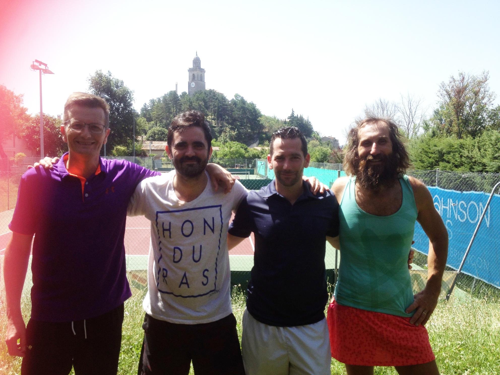 De g à d. : jean-Pierre, Nicolas, Luc et Alain (Luc et Nicolas vainqueur)