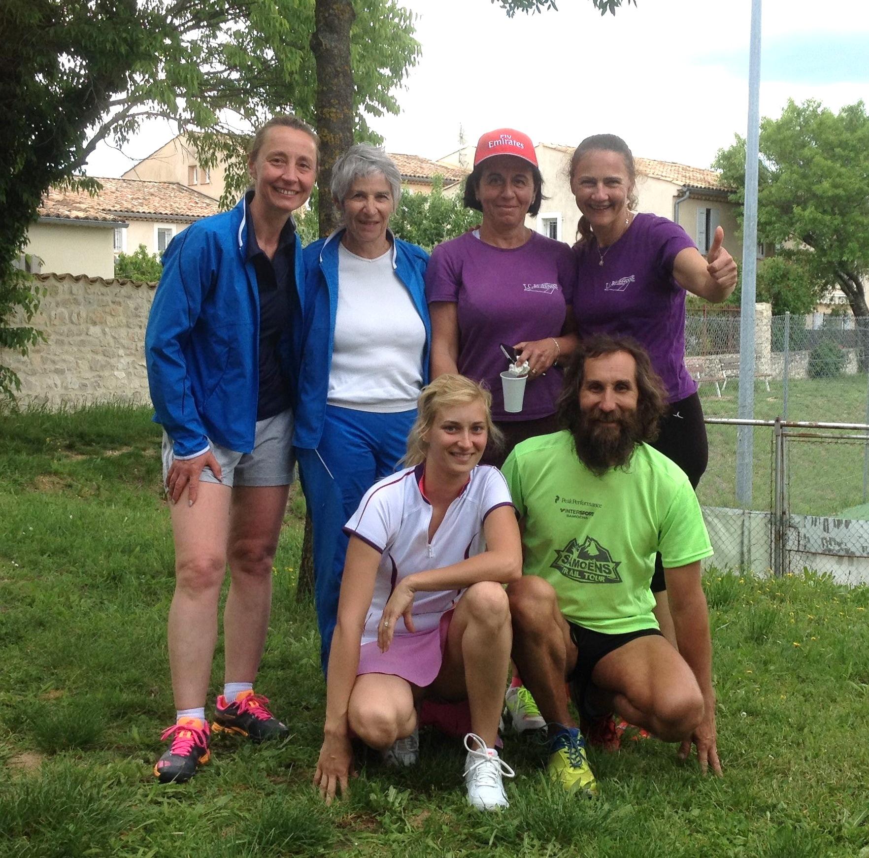 Les filles de Reillanne en finale (manque Lydie, Magali et Far qui ont participé activement au Championnat