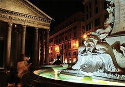 光り輝く夜の世界遺産へ。イタリアざんまいツアー