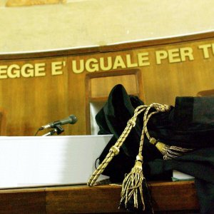 """Editore e direttore responsabile all'epoca dei fatti del settimanale """"(In) Chiari Week"""" condannati anche in appello a risarcire Angelo Bergomi"""